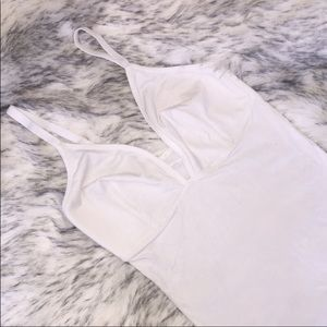 LIVELY The All-Day Bodysuit (M)